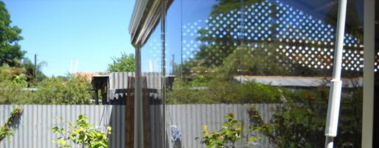 164, Pereti de vant transparenti